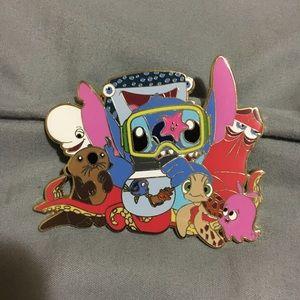 Disney jumbo stitch enamel pin